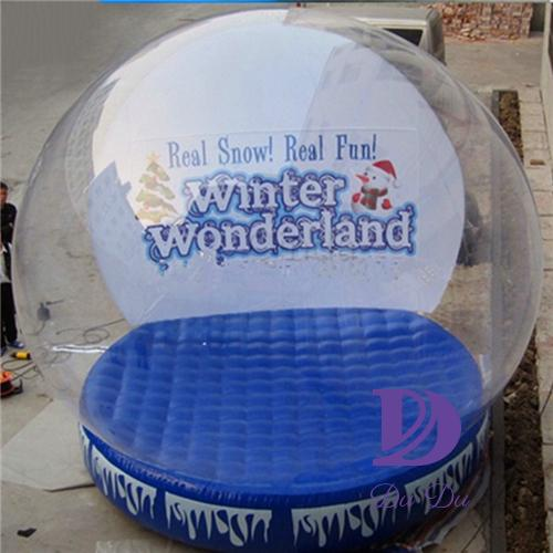 Customized inflatable christmas snow globe decoration for sale